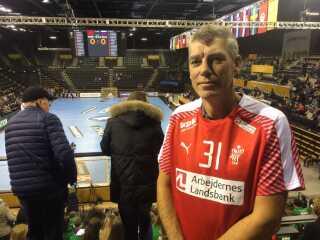 Line Haugsted har far Peter med på lægterne under VM i Tyskland.