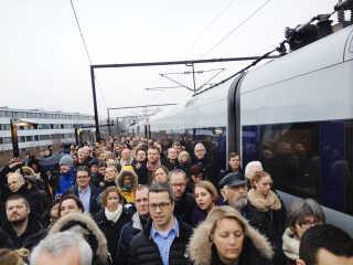 Togpassagerer har i den seneste tid oplevet flere forsinkede og aflyste tog som følge af konflikten mellem DSB og lokomotivførerne.