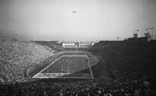 Her er et billede af den første Super Bowl i Los Angeles.