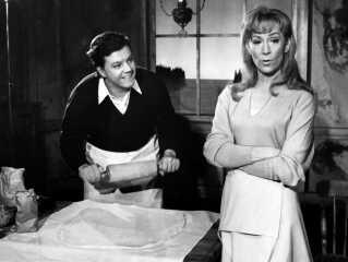I 1967 spillede Morten Grunwald og Lily Weiding sammen i stykket 'De fire Årstider', der blev opført på Det Ny Teater.