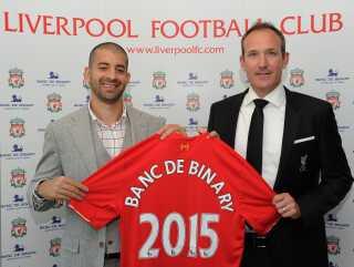 Banc de Binarys grundlægger, israeleren Oren Laurent (tv) og Liverpools daværende manager, Brendan Rodgers