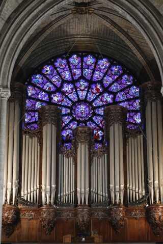 Sådan så orgelet i Notre Dame ud inden branden.