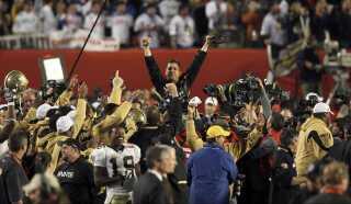New Orleans Saints head coach Sean Payton fejrer her sejren.