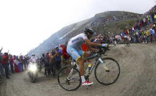 Fabio Aru i aktion under sidste års Giro d'Italia.