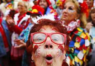 Allerede i november 2015 fejrede borgere i Køln karnevalsæsonens begyndelse.