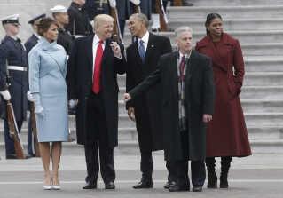 Michelle og Barack Obama på Capitol ved Trumps indsættelse i januar 2017.