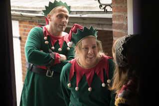 Nikolaj Peyk har også begivet sig ud i andre juleeventyr efter 'Jul det' cool'. Han instruerede i 2016 sin første spillefilm, 'Undercover', der er en julekomedie med blandt andre Roland Møller og Linda Petersen.