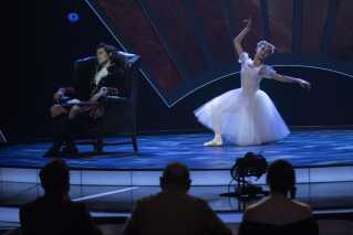 Den elegante og blot 15 år unge Vilda delte scene med Andreas Kaas i ugens udgave af 'Vidunderbørn' på DR1.