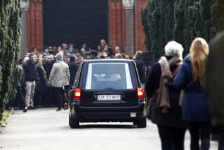 Dan Uzan begraves under massiv politibevogtning på Mosaisk Begravelsesplads på Vestre Kirkegård.