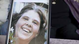 Hanne Fjalestad voksede op i Danmark men boede i Norge, da hun blev skudt under terrorangrebet på Utøya. Hanne Fjalestad efterlod sig fire børn, blandt andre en 20-årig datter, som overlevede massakren på Utøya.