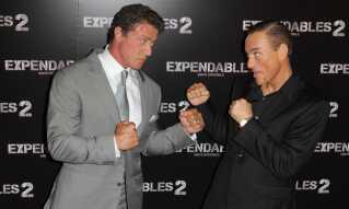 Sylvester Stallone og Jean-Claude Van Damme til visning i Paris af 'The Expendables 2' i 2012.