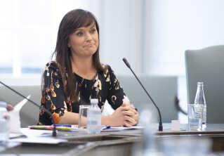 Minister for offentlig innovation Sophie Løhde (V) mener ikke, at man kan opsætte måltal for brugen af konsulenter i det offentlige.