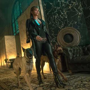Halle Berry spiller Sofia i filmen 'John Wick 3: Parabellum'.