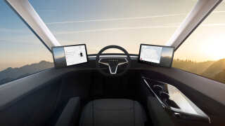 Sådan ser førerhuset ud i Teslas 'Semi'-lastbil.