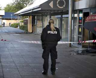 I 2012 blev der sat ild til flere forretninger i Planetcentret i Aalborg Øst - blandt andet ved hjælp af molotovcocktails.