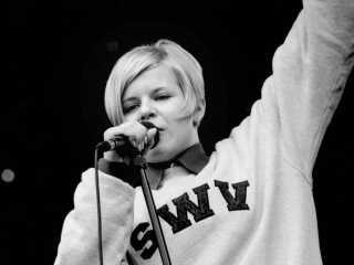 Unge Robyn til Rock Show på Charlottenlund Fort i 1996.