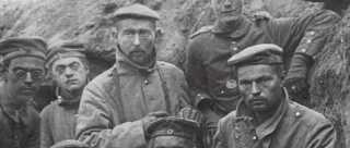 Sønderjyske soldater i skyttegrav under Første verdenskrig.