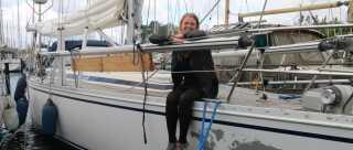 Den 8. juli sejler Vibeke Svenningen og fire gaster afsted på eventyr. Først gennem Limfjorden og derefter nord om Skotland.