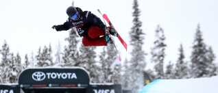 Laila Friis-Salling har kun kørt halfpipe på ski i seks år.