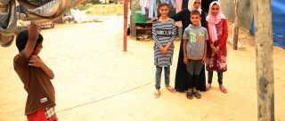 Reham og hendes familie bor i et lille hus i Gaza. I 2014 måtte de flygte, da deres hus blev ramt af bomber.