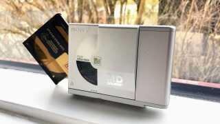 Transportabel MiniDisc-afspiller