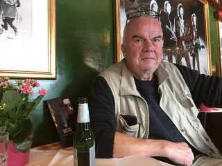 Peter Milling har tit sludret med Kim Larsen på Lørups Vinstue og har også spillet sammen med ham i et skuespil.