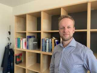 Det er lykkedes at rekruttere fagligt stærke medarbejdere til Dansk Sprognævns nye lokaler i Bogense
