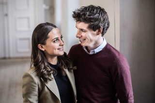 Eddie Redmayne og svenske Alicia Vikander filmer i disse dage i Københavns gader The Danish Girl, hvor de spiller Einar Wegener og hans hustru Gerda.