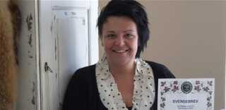 Tina Lantz med sit svendebrev. Hun blev afskediget af Scandlines - tre måneder senere havde hun job igen.