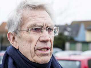 Advokat Bjørn Elmquist mener, at regeringen haster lovgivning på udlændingeområdet igennem. Han er blandt andet utilfreds med, at et nyt lovforslag med 278 sider er sendt i høring med kort svarfrist.