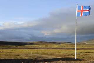 Island ligger cirka tre timers flyvetid væk fra København og er blevet en populær destination, når der står naturoplevelser på rejseskemaet.