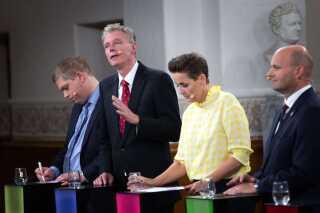 For første gang i 29 år var der hele 13 partier repræsenteret i partilederdebatten på DR1. Blandt de nye var Stram Kurs og partiet Klaus Riskær Pedersen.
