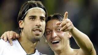 Eden Hazard skiftede fra Lille till Chelsea i 2012. Her scorer han på straffespark mod Slovakiet.
