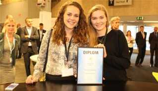 Marie Berggreen og Heiða Nolsøe håber at kunne slå igennem i udlandet med Dropbucket.