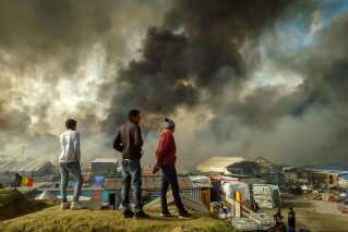 "Migranter ved ""Junglen"" i Calais."