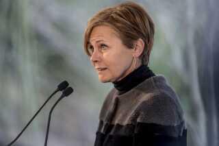 Kulturminister Mette Bock er glad for, at det er lykkedes at lande en aftale om en DAB-kanal, som Radio24syv kan byde ind på.