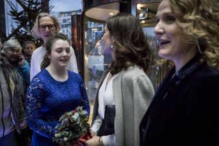 Ved koncerten søndag den 16. december klokken 16.00 overværede DR Pigekorets protektor, H.K.H. Kronprinsessen koncerten. Hun modtog blomster ved ankomsten af Theresa Abrahamsen fra DR Pigekoret.