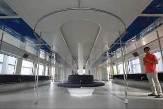 Testversionen har plads til 300 passagerer. Den endelige version skulle kunne bære omkring 1200.