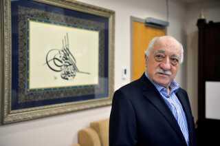 Den tyrkiske prædikant Fethullah Gulen beskyldes for at stå bag et kupforsøg i Tyrkiet i juli 2016.
