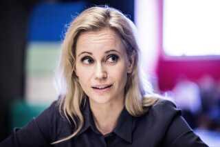 Det er svenske Sofia Helin, der spiller rollen som politikommissæren Saga Norén, som Blaise ser op til.