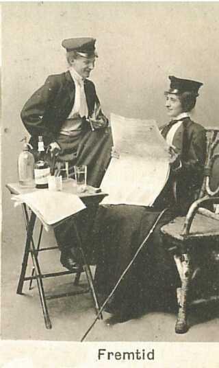 Hvad vil der ske hvis kvinder fik medbestemmelse? Ville de ende med at blive til mænd der drikke og går med hat? (ca, 1909)