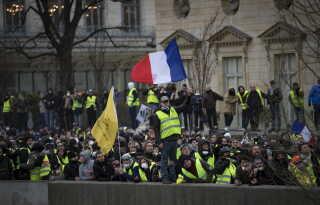 50.000 var på gaden over hele Frankrig i går.