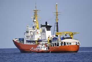 Migrantskibet Aquarius er nu på vej mod Valencia i Spanien, som har indvilliget i at modtage migranterne.