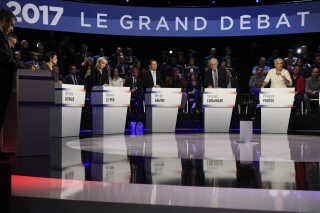 Det gik hårdt til for sig under den sidste debat mellem de 11 kandidater - lidt for hårdt, mener de selv.