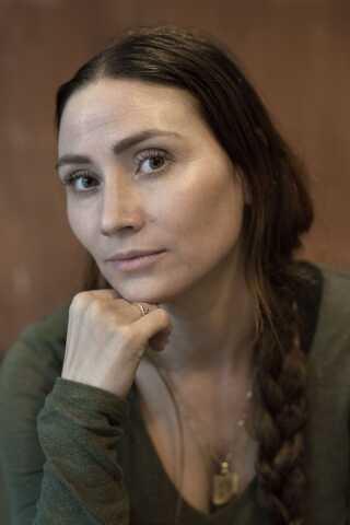 Det er 23 år siden Stephanie León fik sin første rolle i filmen 'Tøsepiger' . Nu er hun tilbage.