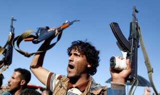 Houthi-krigere under en parade i Sanaa tidligere på ugen.