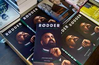 Nedim Yasar blev skudt mandag den 19. november efter en reception for en bog om hans liv som bandemedlem. Tirsdag den 20. november blev det meddelt, at han var afgået ved døden - samme dag som bogen udkom.