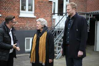 Hold Øst - Charlotte Høier fra EDC i Albertslund og Christoffer Friman fra Nybolig i Fakse – kommer med et bud på huset i Viby.