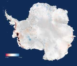 Særligt i den vestlige del af Antarktis og på den Antarktiske Halvø er afsmeltningen accelereret.