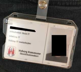 Med dette id-kort udgav en medarbejder fra et privat sikkerhedsfirma sig for at være udsendt af kommunens it-afdeling.